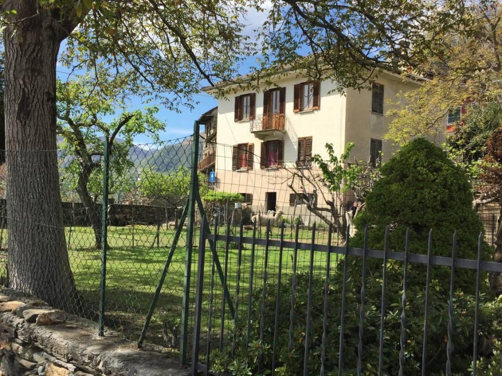 foto Facciata Rustico / Casale, da ristrutturare, 320 mq, Cavaglio-Spoccia