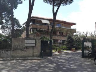 Foto - Box / Garage via Padula Vincenzo 2, Posillipo, Napoli