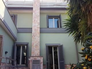 Foto - Villetta a schiera via Nazario Sauro 5, Rapisardi-Sacra Famiglia, Catania