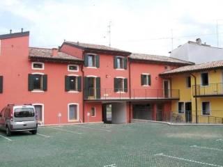 Foto - Bilocale buono stato, primo piano, Castelnuovo Del Garda