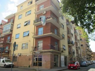 Foto - Quadrilocale buono stato, terzo piano, Cosenza