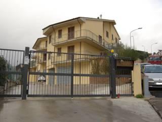 Foto - Appartamento via Borgna e Loppi, Paradisa, Caprarola