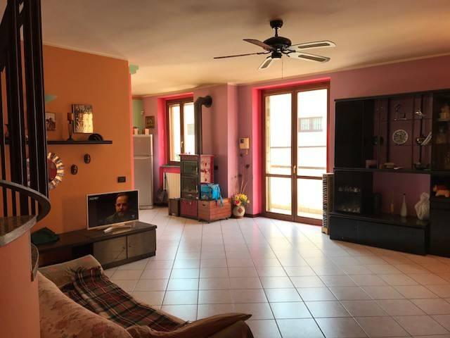 Appartamento in vendita a Livraga, 4 locali, prezzo € 120.000 | Cambio Casa.it