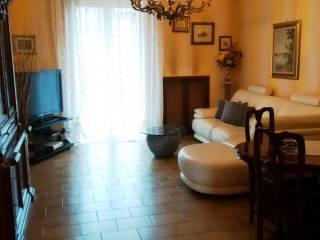 Foto - Quadrilocale buono stato, quarto piano, Novate Milanese