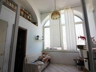 Foto - Appartamento buono stato, primo piano, Avvocata, Napoli
