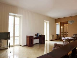 Foto - Appartamento via Salvator Rosa 63, Avvocata, Napoli