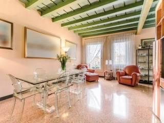 Foto - Palazzo / Stabile quattro piani, ottimo stato, Centro Storico, Padova