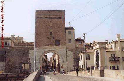 Negozio / Locale in vendita a Padova, 1 locali, zona Zona: 1 . Centro, prezzo € 70.000 | Cambio Casa.it