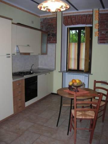 Appartamento in affitto a Agrate Conturbia, 1 locali, prezzo € 300 | Cambio Casa.it