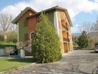 Foto - Villa, da ristrutturare, 292 mq, Fabriano