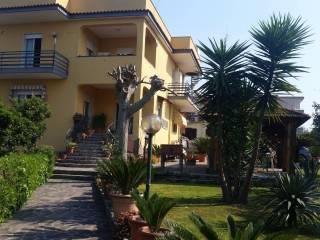 Foto - Appartamento buono stato, piano terra, Giugliano In Campania