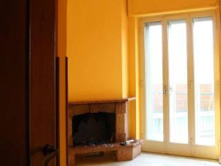 Foto - Trilocale buono stato, terzo piano, Soccavo, Napoli