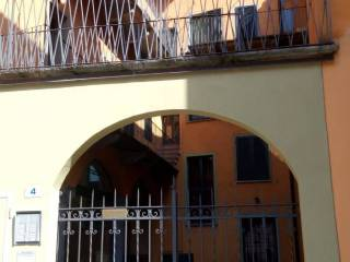 Foto - Trilocale piazza Castello 4, Intra, Verbania