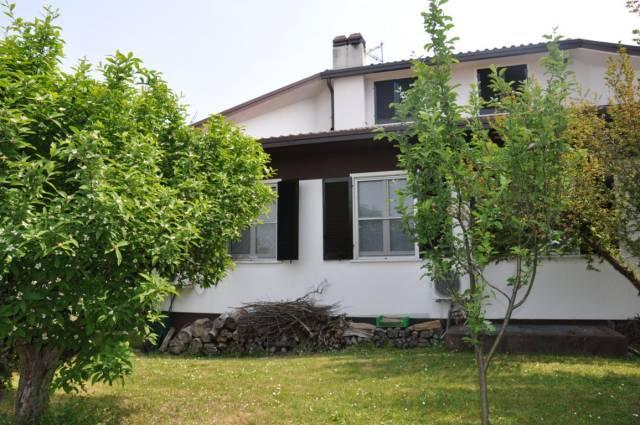 Villa in vendita a Rodano, 6 locali, prezzo € 690.000   Cambio Casa.it