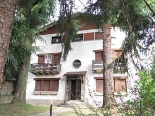 Foto - Villa, da ristrutturare, 310 mq, Colli, Bergamo