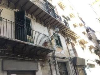 Foto - Appartamento da ristrutturare, secondo piano, Centro Storico, Palermo