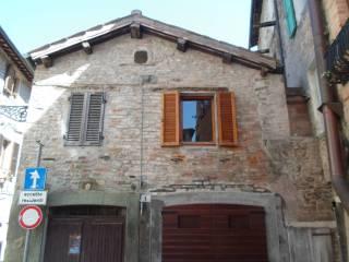 Foto - Bilocale via Sarti 6, Comunanza