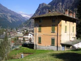 Foto - Appartamento via Don Romeo Ballerini, Prestone, Campodolcino