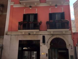Foto - Palazzo / Stabile due piani, ottimo stato, Murat, Bari