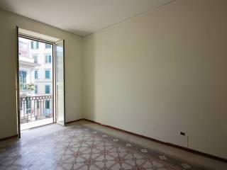 Foto - Quadrilocale buono stato, terzo piano, Materdei, Napoli