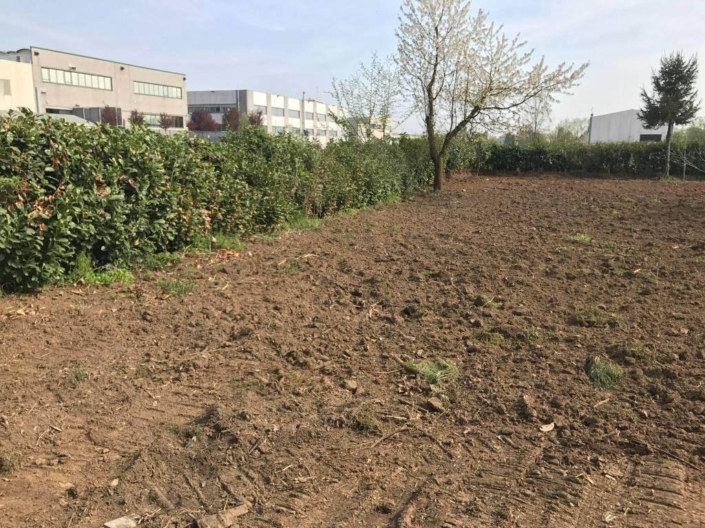 foto  Terreno agricolo in Vendita a Biassono