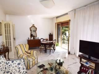 Foto - Appartamento da ristrutturare, secondo piano, Albaro, Genova