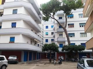 Foto - Appartamento Lungomare Giacomo Matteotti 21, Via Genova, Pescara