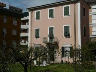 Foto - Palazzo / Stabile via Monterosso 13, Centro città, Carrara
