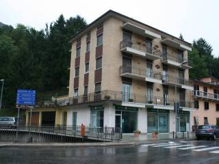 Foto - Trilocale via Roma 75, Val Brembilla