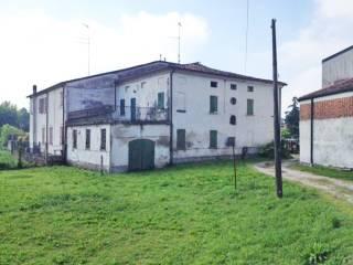 Foto - Rustico / Casale, da ristrutturare, 581 mq, San Benedetto Po