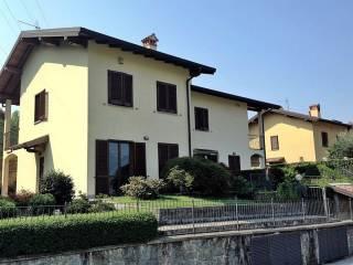 Foto - Villetta a schiera 4 locali, Bartesate, Galbiate