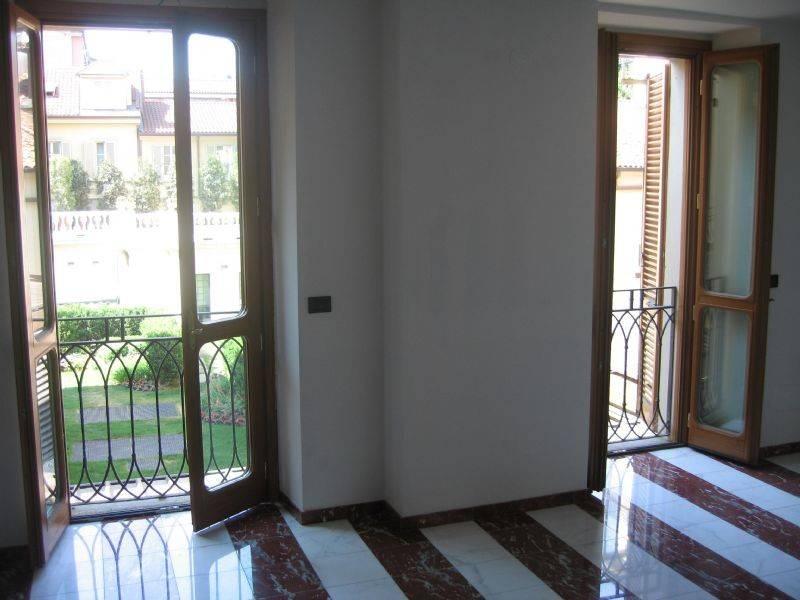 Foto 1 di Appartamento corso CAIROLI 22, Torino