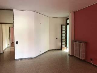 Foto - Trilocale da ristrutturare, piano rialzato, Caronno Varesino