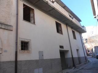Foto - Palazzo / Stabile tre piani, nuovo, Massa D'Albe