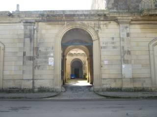 Foto - Palazzo / Stabile, buono stato, Maglie