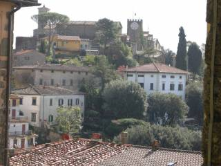 Foto - Palazzo / Stabile tre piani, da ristrutturare, Montecatini Terme