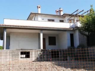 Foto - Bilocale nuovo, piano terra, Montefiascone