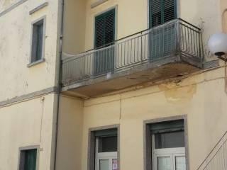 Foto - Palazzo / Stabile largo Pozzi 51, Turi