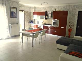 Foto - Trilocale nuovo, secondo piano, Rieti