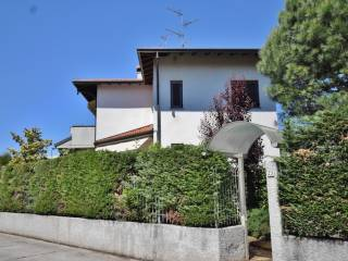 Foto - Villa via Venezia, 25, Olgiate Olona