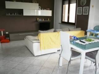 Foto - Trilocale terzo piano, Romentino