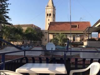 Foto - Trilocale via Giuseppe La Farina 8, Fiumefreddo Di Sicilia