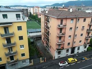 Foto - Trilocale buono stato, sesto piano, Porta Trento, Brescia