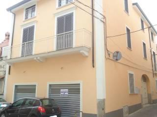 Foto - Palazzo / Stabile via G  Rossi, Bellona