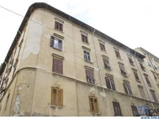 Foto - Bilocale da ristrutturare, secondo piano, San Giacomo, Trieste
