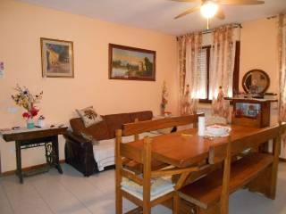 Foto - Trilocale buono stato, quarto piano, Meridiana, Arezzo