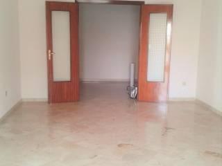 Foto - Appartamento da ristrutturare, primo piano, Bagheria