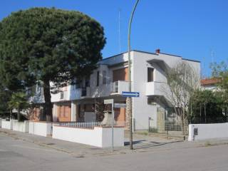 Foto - Villetta a schiera 3 locali, buono stato, Lido Delle Nazioni, Comacchio