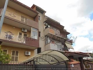 Foto - Quadrilocale via Pescopennataro, Case Rosse, Roma