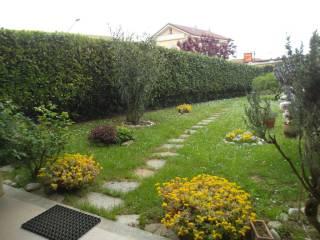 Foto - Trilocale via Circonvallazione 20, Pecetto Torinese